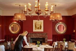 Ockenden Manor Hotel & Spa (23 of 52)