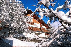 Hotel Berghaus Rosengarten - AbcAlberghi.com