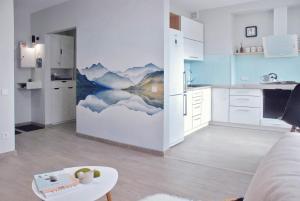 Alpine Sky apartments in center, Apartmány  Nova Kachovka - big - 16