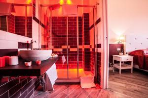 Clodio10 Suite&Apartment, Guest houses  Rome - big - 4