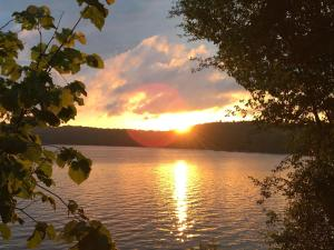 The Lake Of Bays Lodge.  Mynd 5