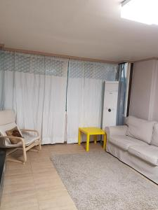Feel Home Apt 3min walk from subway, Apartmány  Soul - big - 47