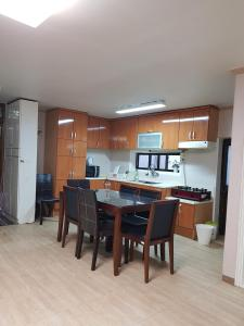 Feel Home Apt 3min walk from subway, Apartmány  Soul - big - 50