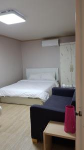 Feel Home Apt 3min walk from subway, Apartmány  Soul - big - 56
