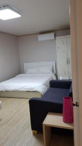 Feel Home Apt 3min walk from subway, Apartmány  Soul - big - 57