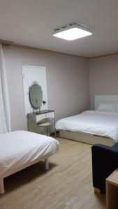 Feel Home Apt 3min walk from subway, Apartmány  Soul - big - 58