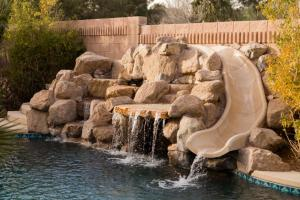 South Strip Luxury, Виллы  Лас-Вегас - big - 33