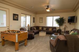 South Strip Luxury, Виллы  Лас-Вегас - big - 46
