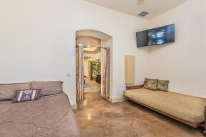 Tuscan Retreat, Ville  Las Vegas - big - 67
