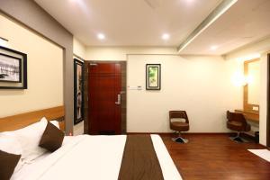 OYO 8108 Adore Residency, Hotels  Chennai - big - 18