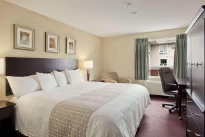 Travelodge Sudbury, Hotely  Sudbury - big - 24
