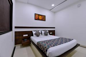 OYO 8022 Hotel Sunil Inn, Hotely  Raipur - big - 4