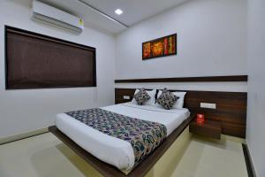 OYO 8022 Hotel Sunil Inn, Hotely  Raipur - big - 5