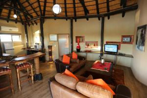 Lapa Lange Game Lodge, Лоджи  Mariental - big - 36