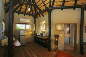 Lapa Lange Game Lodge, Лоджи  Mariental - big - 37