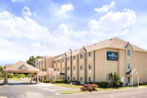 Microtel Inn and Suites Claremore