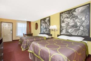 Super 8 by Wyndham Sumter, Motels  Sumter - big - 17