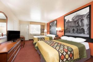 Super 8 by Wyndham San Antonio at I-10, Motel  San Antonio - big - 28