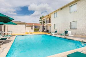 Super 8 by Wyndham San Antonio at I-10, Motel  San Antonio - big - 33