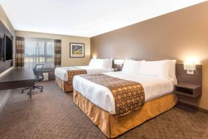 Microtel Inn & Suites by Wyndham Whitecourt, Hotely  Whitecourt - big - 22