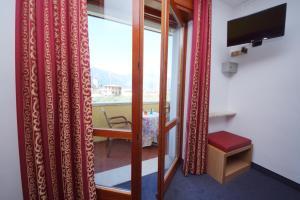 Hotel Alpi, Hotel  Malcesine - big - 11