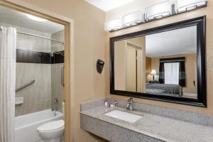 Days Inn by Wyndham Sarasota Bay, Hotels  Sarasota - big - 7