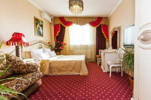Grand Hotel Uyut, Hotel  Krasnodar - big - 17