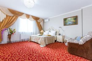 Grand Hotel Uyut, Hotel  Krasnodar - big - 50