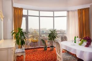 Grand Hotel Uyut, Hotel  Krasnodar - big - 51