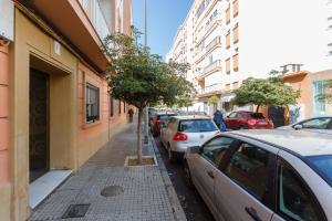 GADES Family Home, Apartmány  Cádiz - big - 36