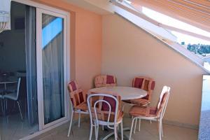 Apartment Tucepi 6058a