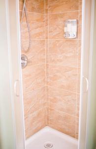 Superior Room, 1 Queen Bed, Private Bathroom (3)