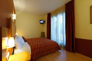 Hotel Villa Delle Rose, Отели  Оледжо - big - 2