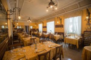 Hotel Olivedo, Hotel  Varenna - big - 128