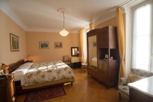 Hotel Olivedo, Hotel  Varenna - big - 41