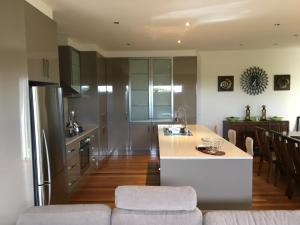 Grand Escape McKenzie - Boutique Rentals, Nyaralók  Cowes - big - 44