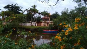 Pousada chalés Vereda do Sol, Guest houses  Ubatuba - big - 3