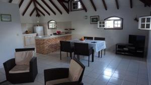 Villa kodo, Apartmány  Les Mangles - big - 7