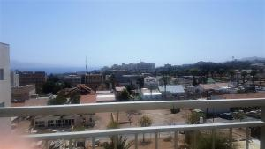 Nice sea veiw apartment in city center of Eilat, Apartmány  Ejlat - big - 9