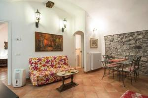 Anna & Caterina House, Appartamenti  Varenna - big - 68