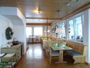 Panoramahotel Sonnhalde, Hotels  Schwarzenberg im Bregenzerwald - big - 44