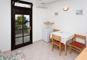 Apartment Plat 4776a, Appartamenti  Mlini - big - 4