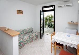 Apartment Plat 4776a, Appartamenti  Mlini - big - 7