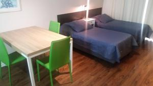 Playa Pocitos, Apartmány  Montevideo - big - 21