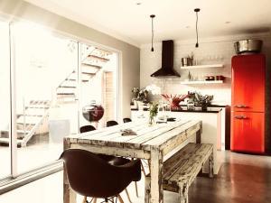 Purple House, Bed & Breakfast  Città del Capo - big - 78