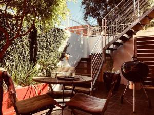 Purple House, Bed & Breakfast  Città del Capo - big - 88