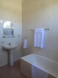 Maria's Hotel, Hotel  Tema - big - 11