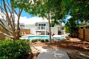 7001 B Holmes Blvd, Holiday homes  Holmes Beach - big - 23