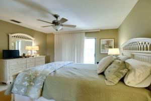 Gulf View Townhome #4, Nyaralók  Holmes Beach - big - 13
