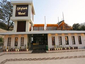 OYO 10076 Hotel Skylark, Hotels  Mussoorie - big - 9